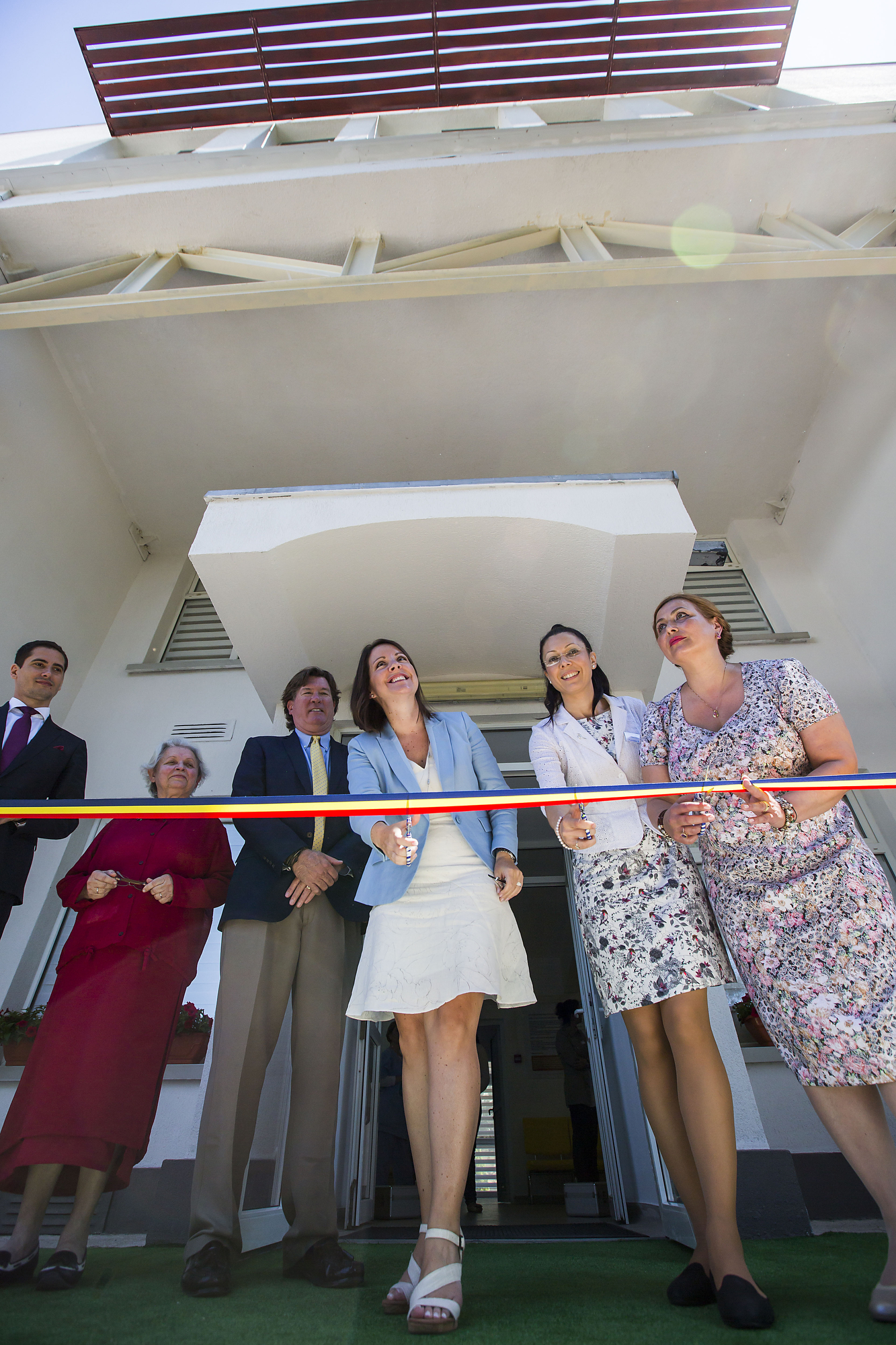 Melissa Walsh, vice president AbbVie Foundation  and Ana-Maria Schweitzer, Executive Director, Romania, cut the ribbon during a celebration of the opening of the expansion of the Baylor Black Sea Foundation Center of Excellence on Tuesday, June 7, 2016, in Constanta, Romania. ( Photo by  Smiley N. Pool / © 2016  )